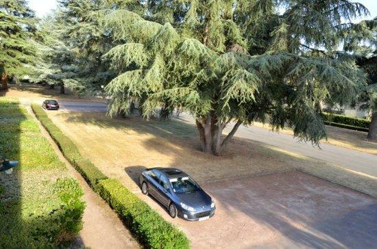 Roiffe, فرنسا: Parking des pavillons