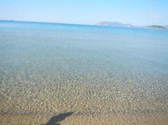 Gerakas Bay: Acqua spettacolare e caldissima