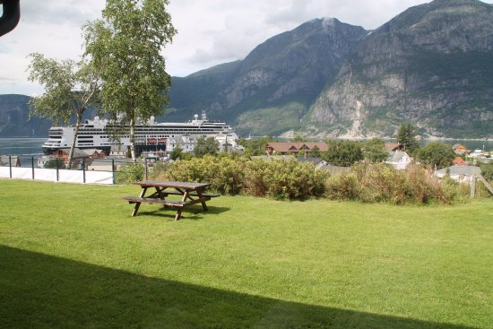 Eidfjord Municipality, Noruega: View from our room