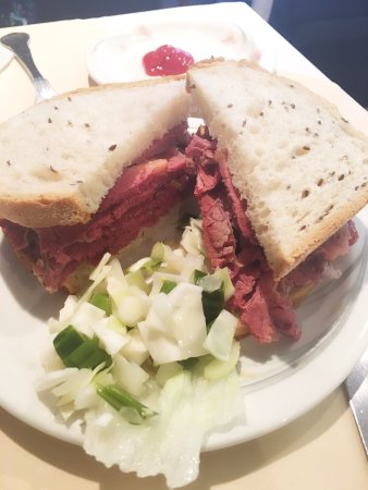 B&K Salt Beef Bar: photo0.jpg