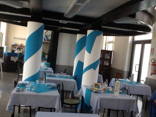 Asinara, إيطاليا: Sala ristorante