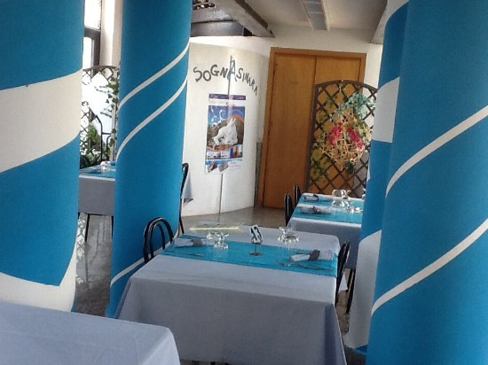 Asinara, Italien: Interno ristorante