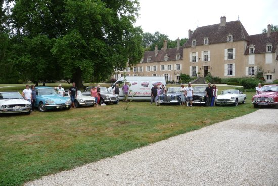 Vault-de-Lugny, Frankreich: Fin d'un périple de 9 jours passés sur la mythique RN 7.