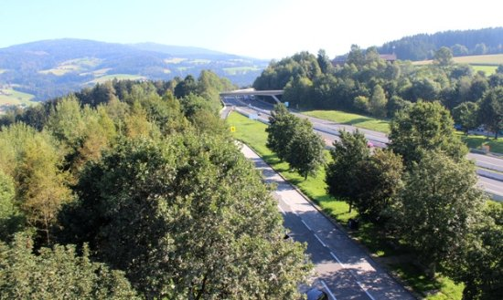 Bad Sankt Leonhard im Lavanttal, Αυστρία: L'ingresso al parcheggio