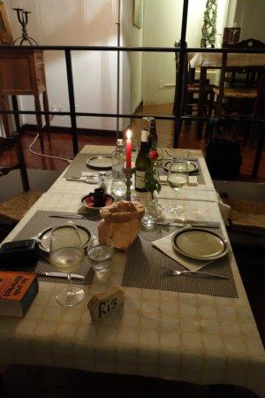 das ambiente die atmosph re der gedeckte tisch. Black Bedroom Furniture Sets. Home Design Ideas