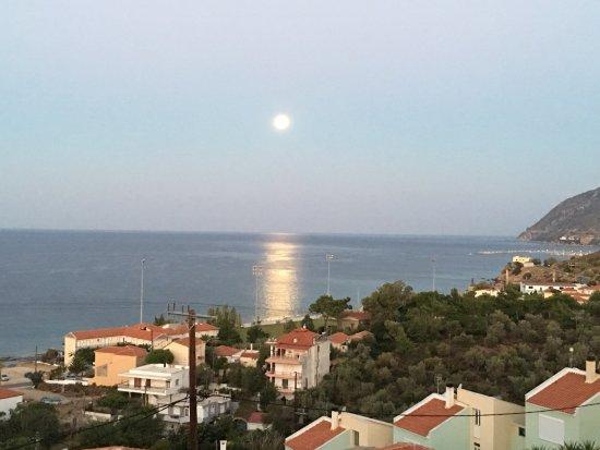 Agios Isidoros, Grèce : photo1.jpg