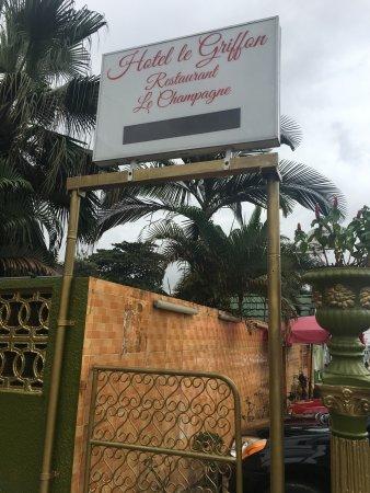 La Licorne & Le Griffon - Prices & Hotel Reviews (Abidjan, Africa ...