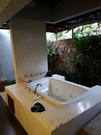 Swarapadi Villa: 20160905_062415_large.jpg
