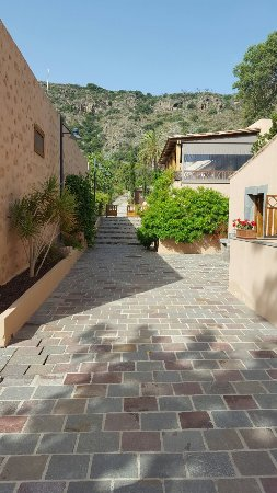 Hotel Rural El Mondalon: 20160727_103007_large.jpg