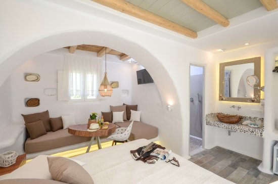 Plaka, Grecia: Almyra Suite(2nd floor)