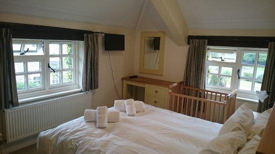 Compton, UK : Upstairs double room