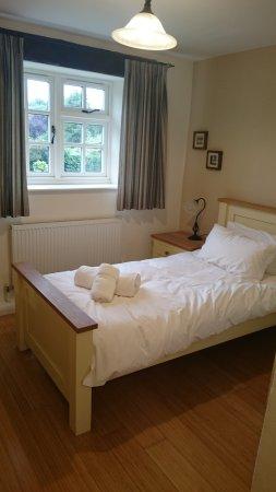 Compton, UK : Downstairs single room