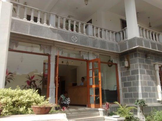 Hotel Gorbandh