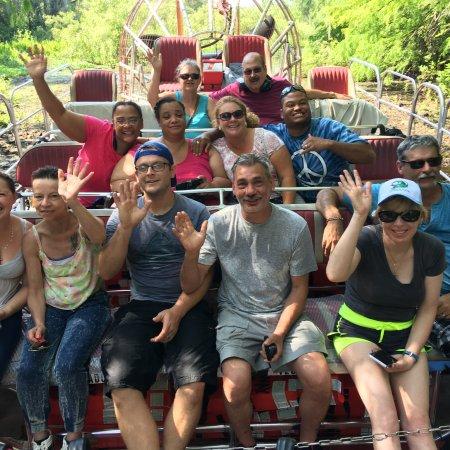 Lake Panasoffkee, FL: Alligator tours and airboat rides Orlando