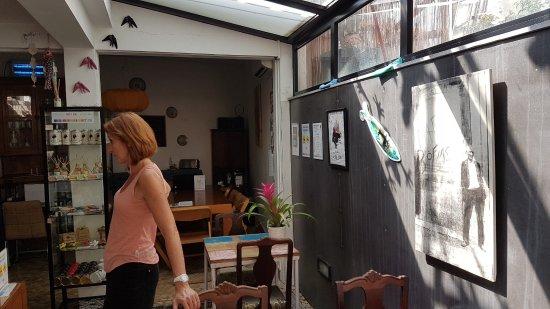 Casa do Bairro by Shiadu: La salle à manger et la réception