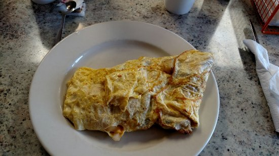 West Mifflin, Пенсильвания: Biggest veggie Omlete around