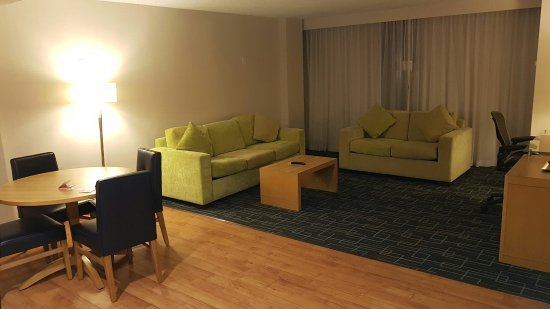 Holiday Inn Express Hotel & Suites Stamford: IMG-20160915-WA0000_large.jpg