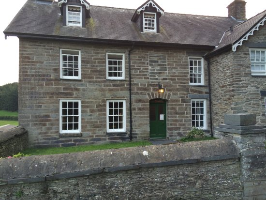 Machynlleth, UK: Beautiful 300 year old house.