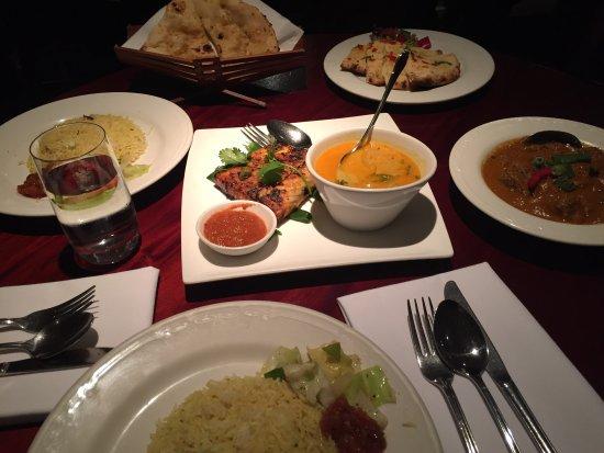 Jasmin Indian Restaurant: 咖喱魚跟咖喱牛肉