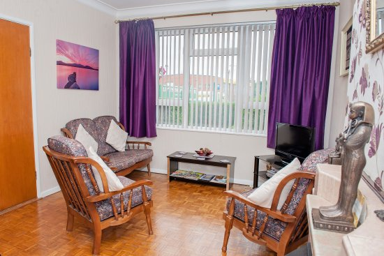 Omagh, UK: Guest living room