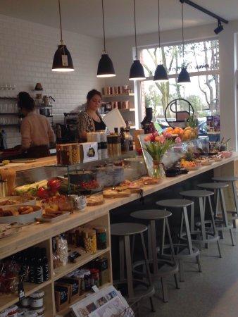 Lokeren, Bélgica: Buffet bij zondags ontbijt.
