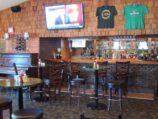 Hazen, ND: Bison Bar & Grill