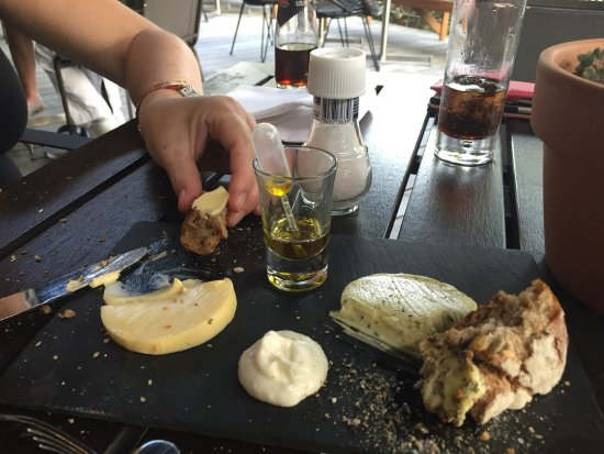 Sassenheim, Países Baixos: Lekker en goed eten