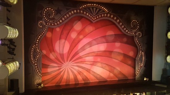 Kauffman Center for the Performing Arts : photo1.jpg