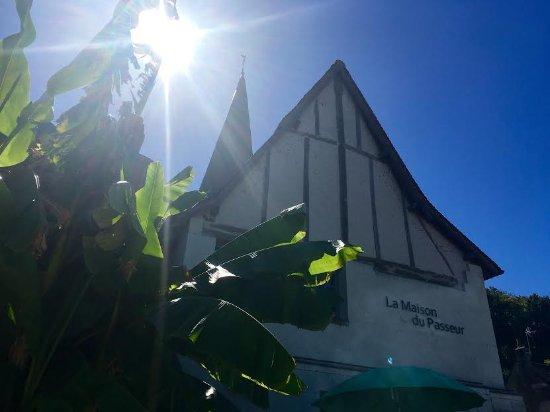 Savonnieres, Francia: A l'ombre des bananiers