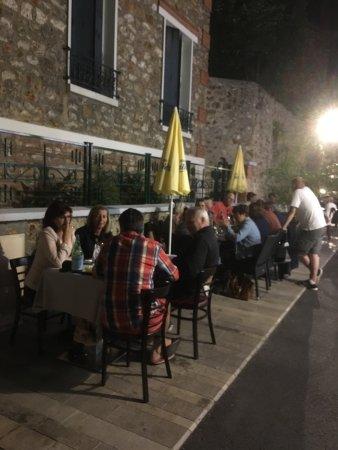 Verrieres-le-Buisson, ฝรั่งเศส: Chez Tonio c'est bien