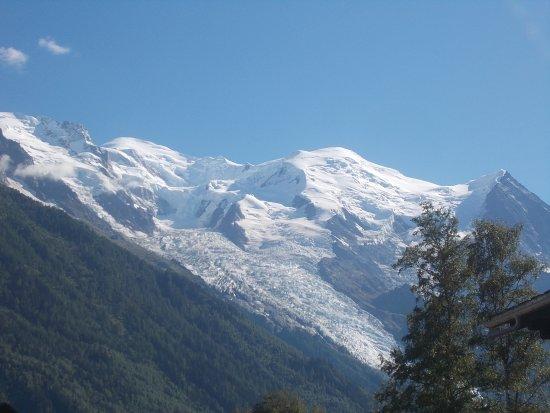 Telepherique du Brevent: le Mont Blanc vu du Brévent avec le glacier des Bossons