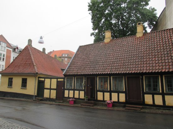 Hans Christian Andersens Childhood Home: One may easily miss it