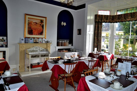 The Dunedin Guest House: breakfast lounge