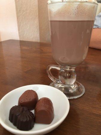 Caramiche Chocolaterie: photo0.jpg