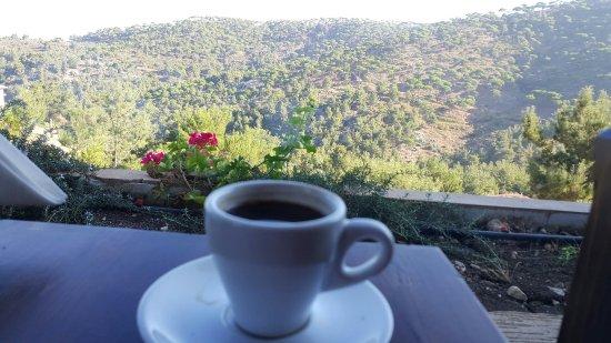 Jezzine, Libanon: 20160917_083418_001_large.jpg