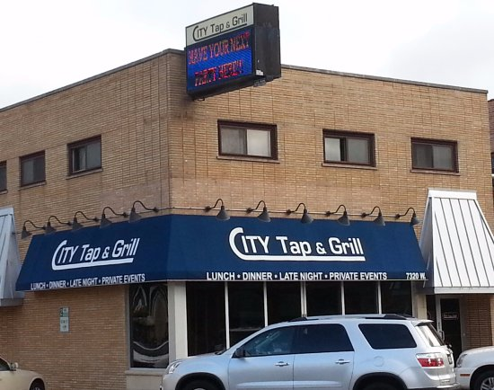Norridge, IL: Front of City Tap & Grill
