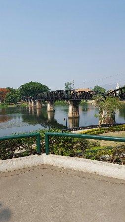 Kanchanaburi Province, Ταϊλάνδη: Brücke am Kwai