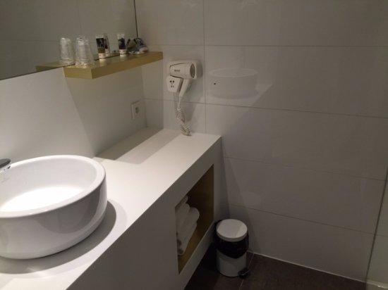 Roeselare, Belçika: Bathroom