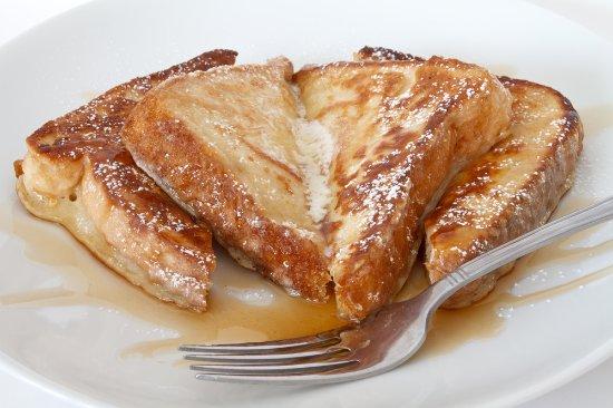 Eaglesham, UK: French toast and maple syrup