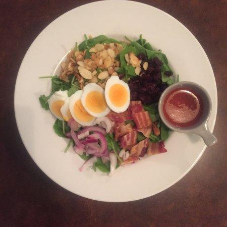 Fruitvale, Canada: Popeye Salad