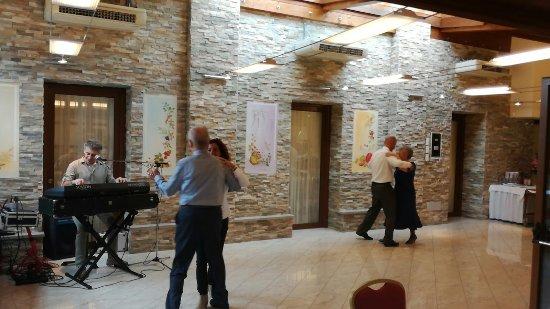 Farra d'Isonzo, Ιταλία: Ampi spazi per ballare