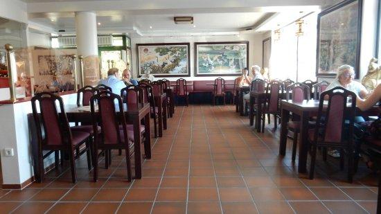 Morbach, Germany: restaurant gedeelte