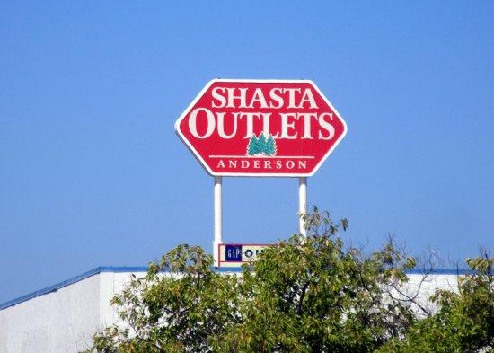 Shasta Outlets