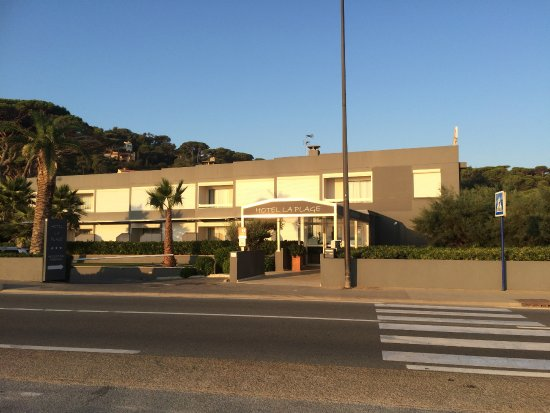 Hotel La Plage From The Outside