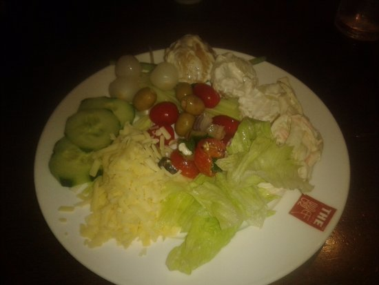Bolton, UK: Salad