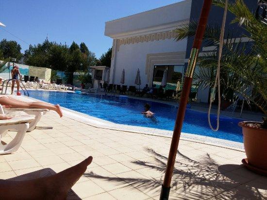 Hotel Del Mar Mamaia : 20160815_115304_large.jpg