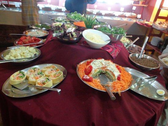 El vegetariano de bibi mendoza restaurant reviews for Silla 14 cafe resto mendoza mendoza