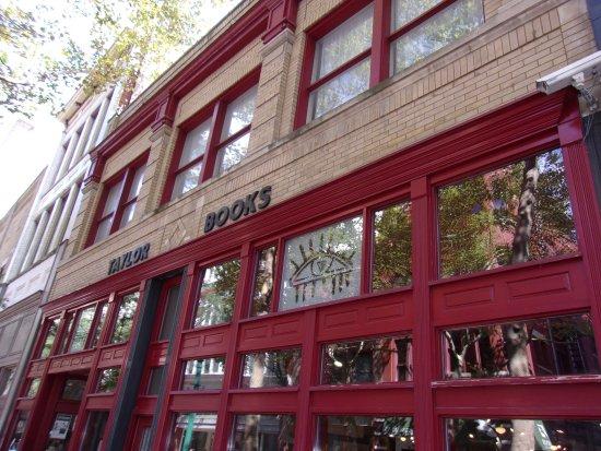 Taylor Books Cafe: Exterior