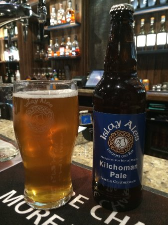 ‪‪Bridgend‬, UK: Kelchoman Pale withe smoked malt from the Kilchoman distillery - special!‬