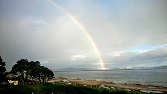 Golf View Hotel & Spa: Rainbows and dolphins...